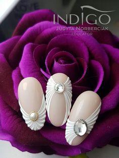 35 Simple Ideas for Wedding Nails Design 3d Nail Designs, Manicure Nail Designs, Simple Nail Designs, Nail Manicure, Diy Nails, Cute Nails, Classy Nails, Stylish Nails, Nagellack Design