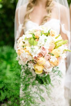 Bloom by bloom by bloom | A spectacular wedding bouquet | SMP
