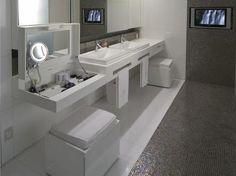 Simples banheiro