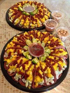 Fruit platter mexican New Ideas Mexican Candy Table, Mexican Snacks, Mexican Party, Mexican Food Recipes, Mexican Style, Fruit Recipes, Mexican Birthday Parties, Festina, Party Treats