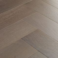 Goodrich parquet flooring collection features traditional oak planks and contemporary square blocks. Natural Oak Flooring, Oak Parquet Flooring, Engineered Wood Floors, Carpet Flooring, Kitchen Flooring, Hardwood Floors, Hallway Flooring, Plywood Grades, Houses