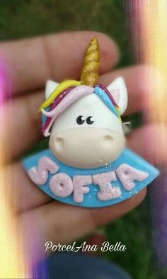 Polymer Clay Ornaments, Sculpey Clay, Polymer Clay Figures, Kids Clay, Unicorn Ornaments, Batman Party, Baptism Favors, Pasta Flexible, Wreath Crafts
