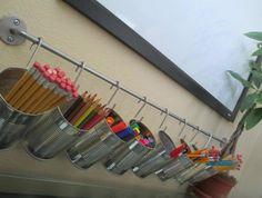 Este porta-lápis de parede também decora todo o seu ambiente (Foto: createsie.com)