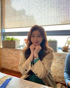 Kpop Girl Groups, Korean Girl Groups, Kpop Girls, K Pop, Programa Musical, 2 Instagram, New Girl, South Korean Girls, Yuri