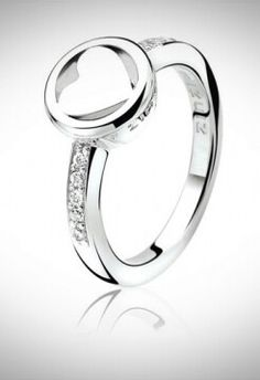 Want this Zinzi ring! Too bad it is not available in bi color.