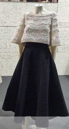 Hijab Evening Dress, Evening Dresses, Indian Fashion Dresses, Fashion Outfits, Modern Filipiniana Gown, Filipino Fashion, Classy Dress, Couture Dresses, Stylish Dresses