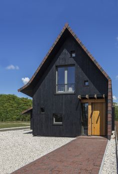 Longhouse – Boon Architecten Long House, Best Wordpress Themes, Cabin, House Styles, Modern, Home Decor, Homemade Home Decor, Cabins, Cottage