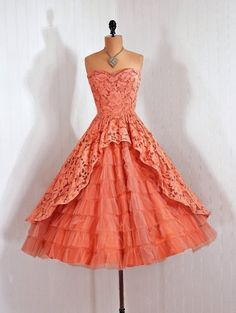 1950s Vintage Mauve Pink Tulle and Lace Party Dress. I can not explain how much I want this. I was born in the wrong decade