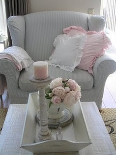 Neutral color with soft pink.