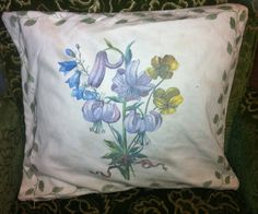 Items similar to A lovely seventies cushion cover with spring flower design. on Etsy Bed Pillows, Cushions, Spring Flowers, Flower Designs, Trending Outfits, Unique Jewelry, Handmade Gifts, Cover, Blue
