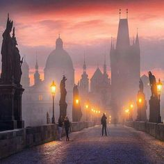 Golden City by sky fog travel night architecture bridge prague praha charles bridge foggy night photography Golden Dubrovnik, Pont Charles, Prague Photos, Prague Czech Republic, Voyage Europe, Architecture Photo, Places To See, Travel Photos, Europe Photos