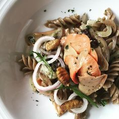 Cricket pasta with pink oyster mushrooms