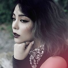 Ailee has released a new teaser image looking alluring and bewitching!She'll be returning with her mini album titled 'A New Empire' on October … Amy Lee, Beyonce, Rihanna, Korean Girl, Asian Girl, Lee Hyori, Empire, Girl Artist, Dream High