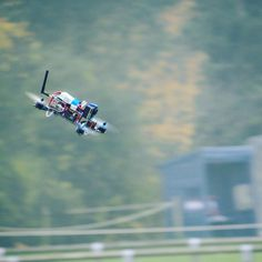 Flying the silver Blade 250 fpv quadcopter #dronegear #naze32 #miniquad #fpv #drones #quadcopter