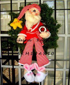 Corona de Santa en pijama. Lindísimo!!!