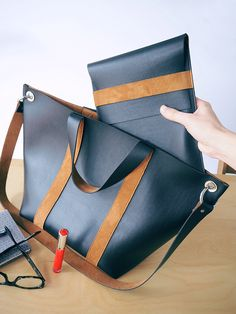 """for my pretty kids, but not that …: My tutorial for """"Sewing it's easy"""" (contest! Sewing Online, Sacs Design, Pretty Kids, Bag Accessories, Messenger Bag, Satchel, Tote Bag, Leather, Bags"""