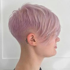 Haircut short shaved blondes 43 Ideas for 2019 Short Hair Long Fringe, Edgy Short Hair, Short Hair Styles, Pixie Hairstyles, Pixie Haircut, Haircut Short, Girls Shaved Hairstyles, Short Razor Haircuts, Shirt Hair Cuts