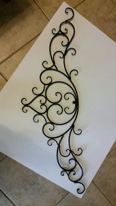New Photos Wrought Iron wall decor Style Residence beautifying with wrought iron is usually as strong right now because the wrought iron metal itself. Metal Gates, Wrought Iron Gates, Wrought Iron Wall Decor, Metal Wall Decor, Metal Projects, Metal Crafts, Metal Bender, Iron Furniture, Iron Art