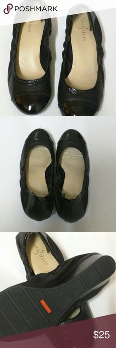 Cole haan nike size Good condition Nike Air Cole Haan shoes black leather Cole Haan Shoes Flats & Loafers