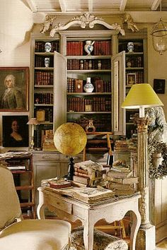 french library  via picture of elegance Oh! I lOvE this room.