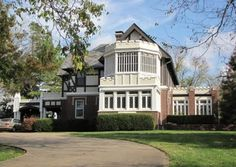 The Gillette Mansion was built in 1921. Gillette was an important merchant, real estate entrepreneur and oilman in Tulsa's early days.