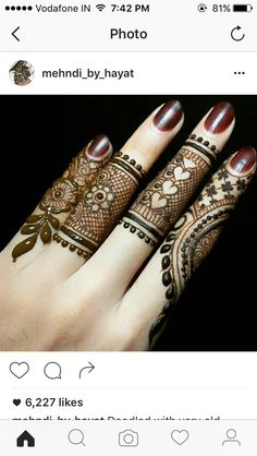 Explore latest Mehndi Designs images in 2019 on Happy Shappy. Mehendi design is also known as the heena design or henna patterns worldwide. We are here with the best mehndi designs images from worldwide. Henna Hand Designs, Eid Mehndi Designs, Mehndi Designs Finger, Mehndi Designs For Beginners, Mehndi Designs For Girls, Mehndi Design Photos, Mehndi Designs For Fingers, Beautiful Henna Designs, Latest Mehndi Designs