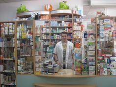 В Еликсир ще намерите всичко необходимо за Вашето здраве: Санитарно хигиенни и козметични средства, медицински и стоматологични консумативи, глюкомери, апарати за измерване на кръвно налягане, диетични храни.