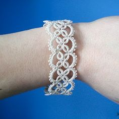 Today I want to show you a lovely tatted lace bracelet I have finished recently. This is the same vintage pattern I used making those.Informations About Hello! Today I want to show you a lovely tatted lace bracelet I have finished r. Tatted Bracelet Pattern, Tatting Bracelet, Tatting Earrings, Lace Bracelet, Tatting Jewelry, Tatting Lace, Bracelets, Lace Jewelry, Jewelry Patterns