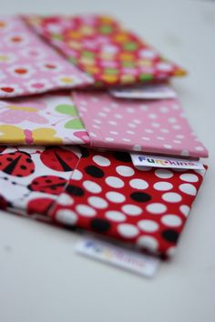 Wipe your mouth, in style! Childrens Meals, Your Mouth, Kids Fashion, Lunch Box, Blog, Style, Swag, Bento Box, Blogging