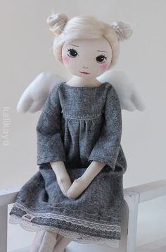 The Romia art doll is made of cotton and stuffed with polyester fibrefill. The face is hand painted with acrylic paint. The doll is approximately 22 inches cm) tall, Diy Rag Dolls, Sewing Dolls, Tiny Dolls, Cute Dolls, Doll Painting, Fabric Toys, Creation Couture, Doll Tutorial, Doll Crafts