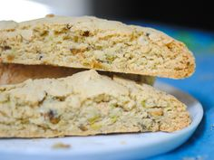I LOVE biscotti! This version uses olive oil and pistachios for a delightfully Italian and naturally dairy-free treat! Dairy Free Treats, Gluten Free Snacks, Vegan Gluten Free, Gluten Free Recipes, Pistachio Biscotti, Breakfast For Dinner, Breakfast Ideas, Culinary Classes, Sin Gluten