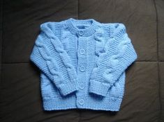 TRICOT COAT FOR CHILDREN three YEARS Needle 250 grams of wool appropriate with the needle (household, mollet, need, and so forth.) if you happen to work with wool for child, put two strands Cardigan Bebe, Baby Cardigan, Knit Cardigan, Baby Knitting Patterns, Crochet Baby, Knit Crochet, Baby Sweaters, Baby Wearing, Kids Fashion