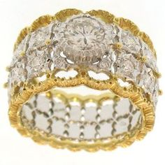 I have to be honest and say before doing this series on diamonds and fine jewelers I had never heard of the Italian jeweler Buccellati.  Mario Buccellati beg