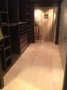 Wood veneer flooring - Par-ky Pro RUSTIC IVORY OAK Brushed