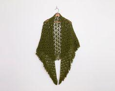 #vintage #green #crochet #shawl, #70s crochet shawl, hand knit shawl, #fringe shawl, #granny shawl, crochet #wrap, crochet #cape, 70s #hippie shawl, os s m l | #crochetshawl #vintageshawl #70sfashion #70sstyle #70sclothing #70shippie #hippiefashion #hippiestyle #boho #bohofashion #bohostyle #fashion #vintagefashion #style #vintagestyle #clothing #vintageclothing #clothes #vintageclothes #shopping #shop #trashyvintage #vintageshop #vintagestore #etsy #etsyvintage #etsyshop #etsystore @Etsy…