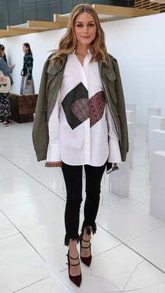 Olivia Palermo attends the Markus Lupfer presentation during the London Fashion Week February 2017 collections on February 18 2017 in London England Supernatural Style Estilo Olivia Palermo, Look Olivia Palermo, Olivia Palermo Outfit, Olivia Palermo Lookbook, Fashion Mode, Look Fashion, Autumn Fashion, Fashion Check, London Fashion Weeks