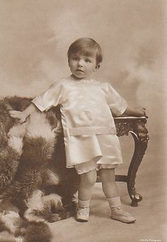 Prince Mircea of Romania was the son and last child of King Ferdinand & Queen Marie of Romania. He died aged Princess Alexandra, Princess Beatrice, Prince And Princess, Queen Victoria Prince Albert, Princess Victoria, Romanian Royal Family, Queen Victoria Descendants, Last Child, Youngest Child