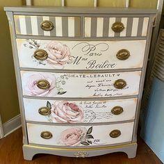Decoupage Furniture, Chalk Paint Furniture, Recycled Furniture, Refurbished Furniture, Shabby Chic Furniture, Furniture Projects, Cool Furniture, Shabby Chic Dressers, Refinished Dressers