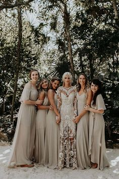 boho wedding dress Rue De Seine wedding dresses represents romantic, feminine and bohemian reates amazing collections of unique wedding dresses with appliqus. Perfect Wedding, Dream Wedding, Wedding Day, Summer Wedding, Wedding Venues, Wedding Table, Wedding Rings, Diy Wedding, Wedding Decor