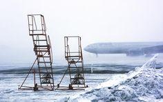 ❕ New free photo at Avopix.com - 2 Orange Steel Ladder on White and Blue Snow Field Land    ✅ https://avopix.com/photo/43461-2-orange-steel-ladder-on-white-and-blue-snow-field-land    #chair #sky #water #furniture #seat #avopix #free #photos #public #domain