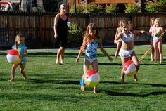 Beach Ball Relay Games | Beach ball relay race. They had to run through an obstacle course with ... Beach Party Games, Pool Party Activities, Beach Ball Games, Luau Games, Kids Beach Party, Beach Ball Party, Fish Games, Party Games For Toddlers, Relay Games