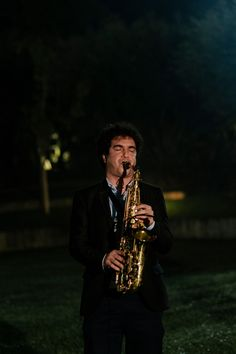 Nos momentos especiais o saxofone é sempre um instrumento de requinte! Saxophone, You Are Special