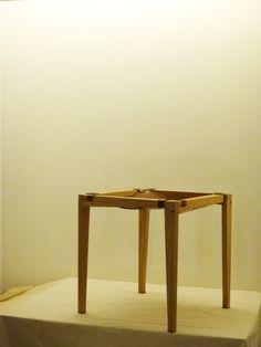 등받이 없는 의자 part 1/2 SF LAB, Tabouret, Red oak + Tung oil + Leather, 2014, Seoul