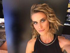 Hair Cut waves - Brazilian Model Renata Kuerten