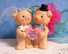 Pig Cake Topper, Cute Piggies in Love Wedding Cake Topper for the Bride and Groom Baby's 1st Christmas Ornament, Babys 1st Christmas, Polymer Clay Projects, Polymer Clay Creations, Fondant Figures, Custom Wedding Cake Toppers, Wedding Cakes, Piggy Cake, Fondant Animals