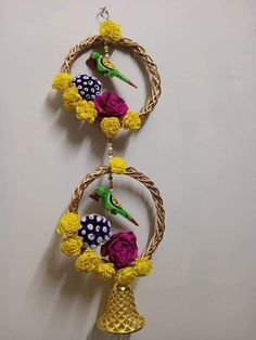 Cd Crafts, Diy Home Crafts, Bottle Crafts, Creative Crafts, Diwali Decoration Items, Diwali Decorations At Home, Festival Decorations, Wall Decor Crafts, Wall Hanging Crafts