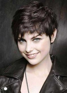15 Shaggy Pixie Haircuts | http://www.short-hairstyles.co/15-shaggy-pixie-haircuts.html