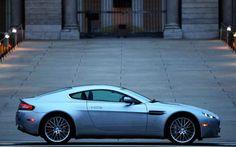 Aston Martin V8 Vantage US. You can download this image in resolution 2048x1536 having visited our website. Вы можете скачать данное изображение в разрешении 2048x1536 c нашего сайта.