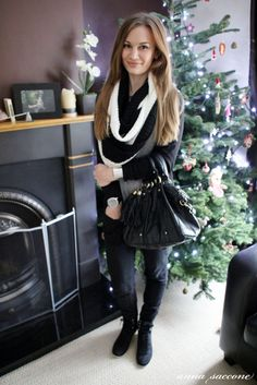 chic and casual layered look for winter, seen here on Anna Saccone (thestylediet, a beauty blogger/vlogger)