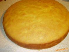 VEJCE ODDĚLÍME ŽLOUTEK OD BÍLKU.Z BÍLKŮ VYŠLEHÁME TUHÝ SNÍH(PŘED ŠLEHÁNÍM PŘIDÁME ŠPETKU SOLI).<br>Ž... Cornbread, Sweet Recipes, Hamburger, Deserts, Baking, Cake, Ethnic Recipes, Food, Coffee
